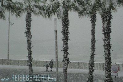 Reisebericht Barcelona Barceloneta Strand Winter Schnee