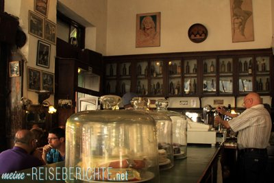 Argentinien Reisebericht Städtereise Buenos Aires San Telmo Bar